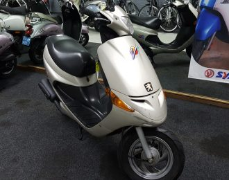 Peugeot Zenith 25km snor scooter